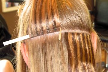 Наращивание волос путем пришивания тресса