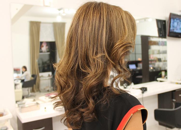 Темные волосы - мелирование