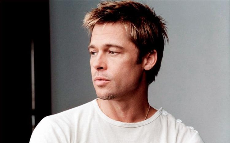 Осветленные концы волос у мужчины