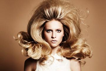 Придание волосам объема