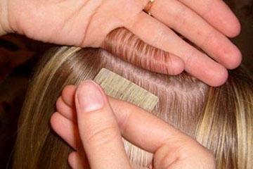 Прикрепление ленты к собственным волосам