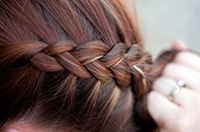 Плетение объемной французской косы наоборот